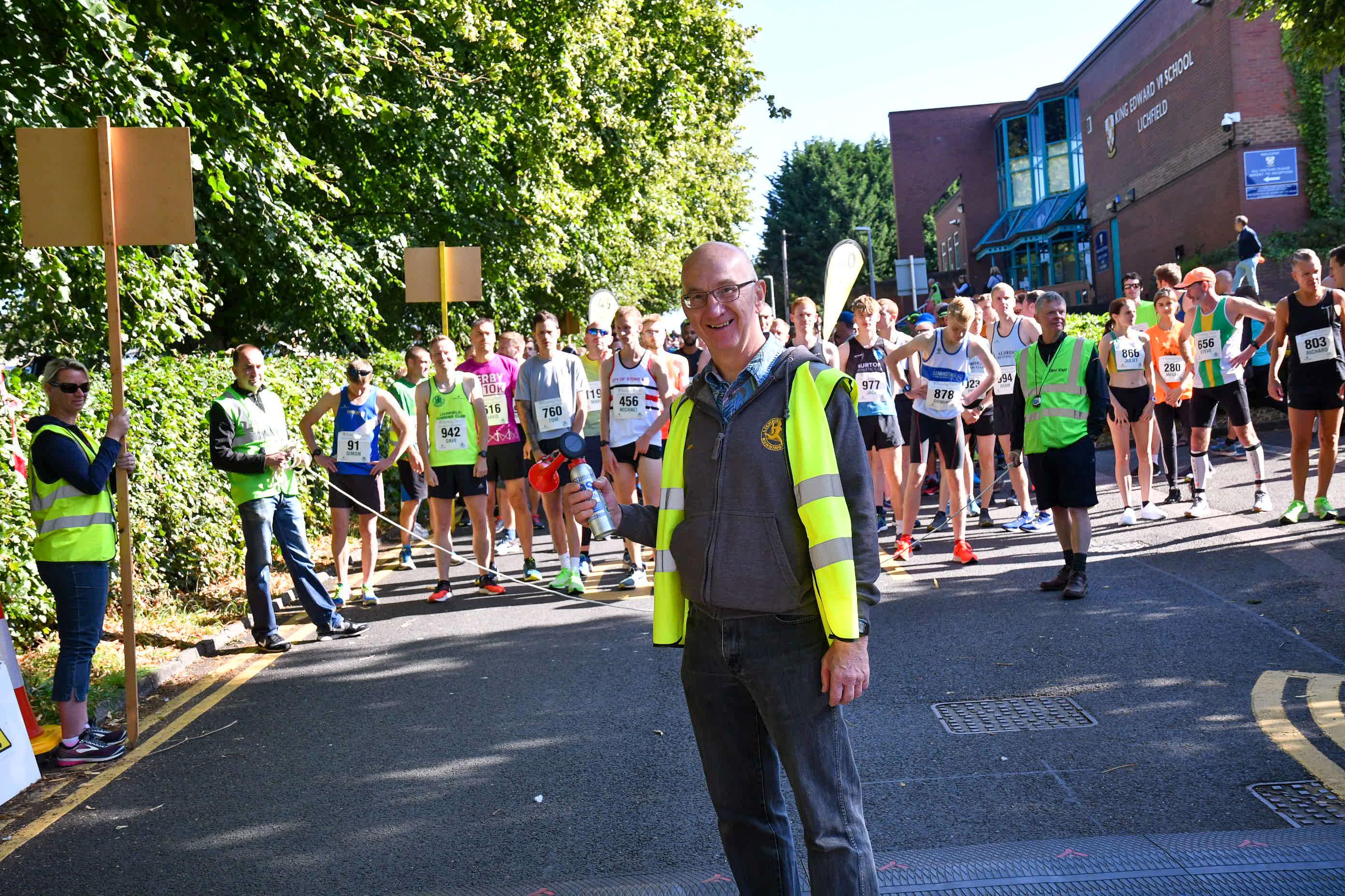 Retiring Chairman Alan Pritchard